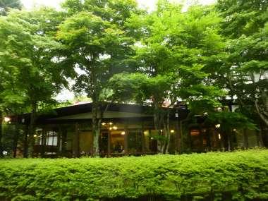 写真2:カフェ