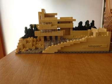LEGO-(1)